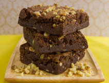 Fudge Brownies w/ Walnuts – Dozen