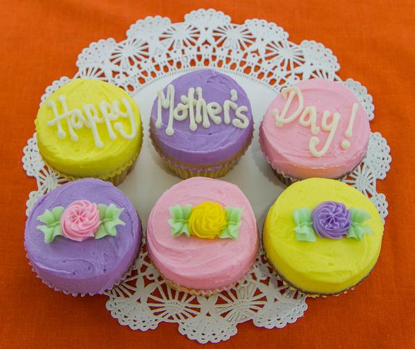 mothers_day_gift_box_mini_grande